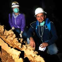 KAUST students light up Hibashi Cave