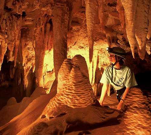 صور رائعه من داخل الكهوف(سبحان الله) lfriend.jpg